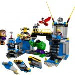 Avengers: Hulk Lab Smash Lego set 1