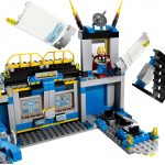 Avengers: Hulk Lab Smash Lego set 3